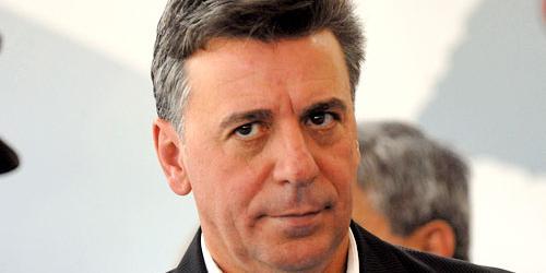 Prefeito Célio de Oliveira procura blog e diz que não realizou prova da Univesp