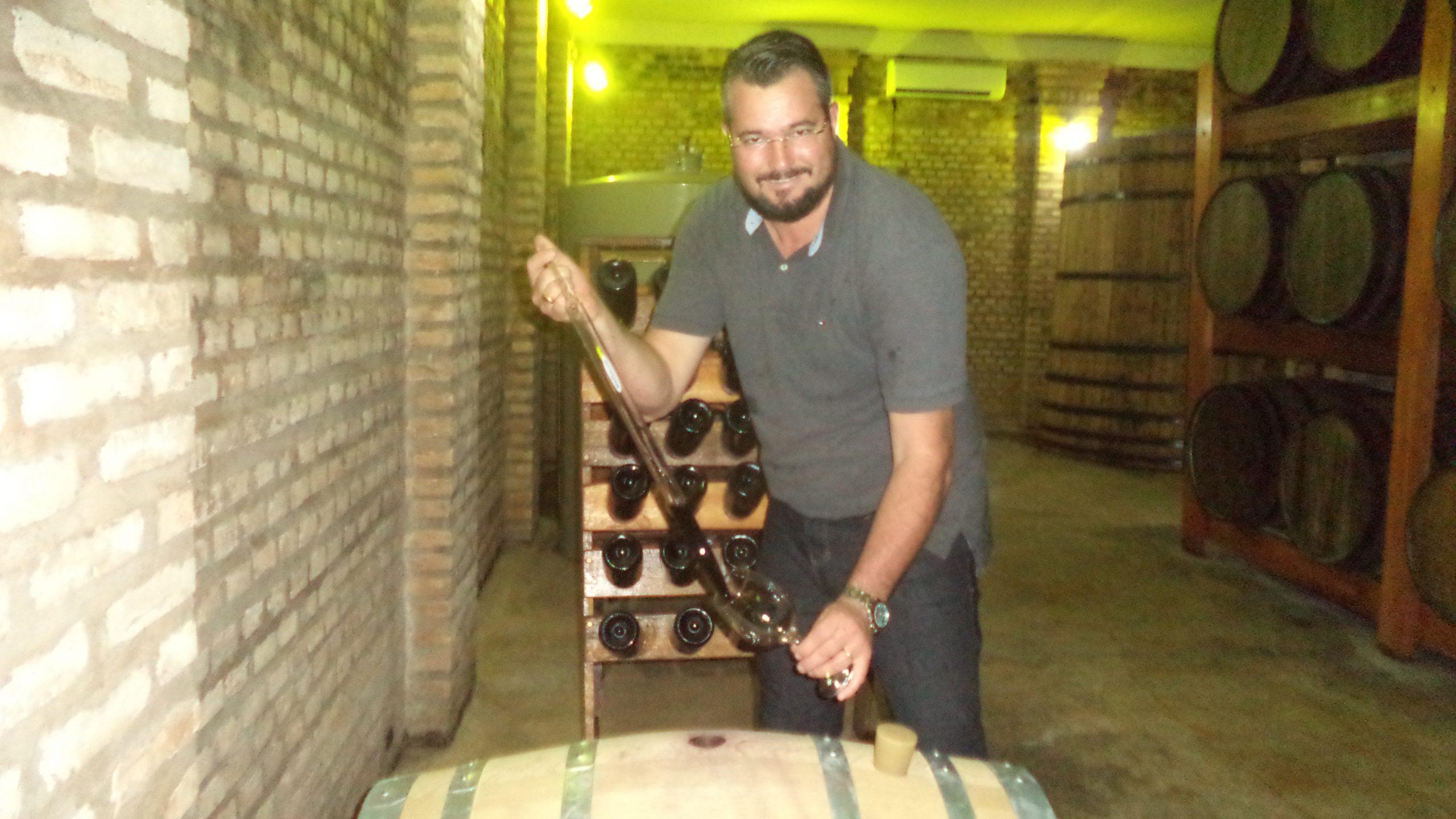 Fábio Ferracini: De depósito de bebidas à construção de uma marca própria de vinhos