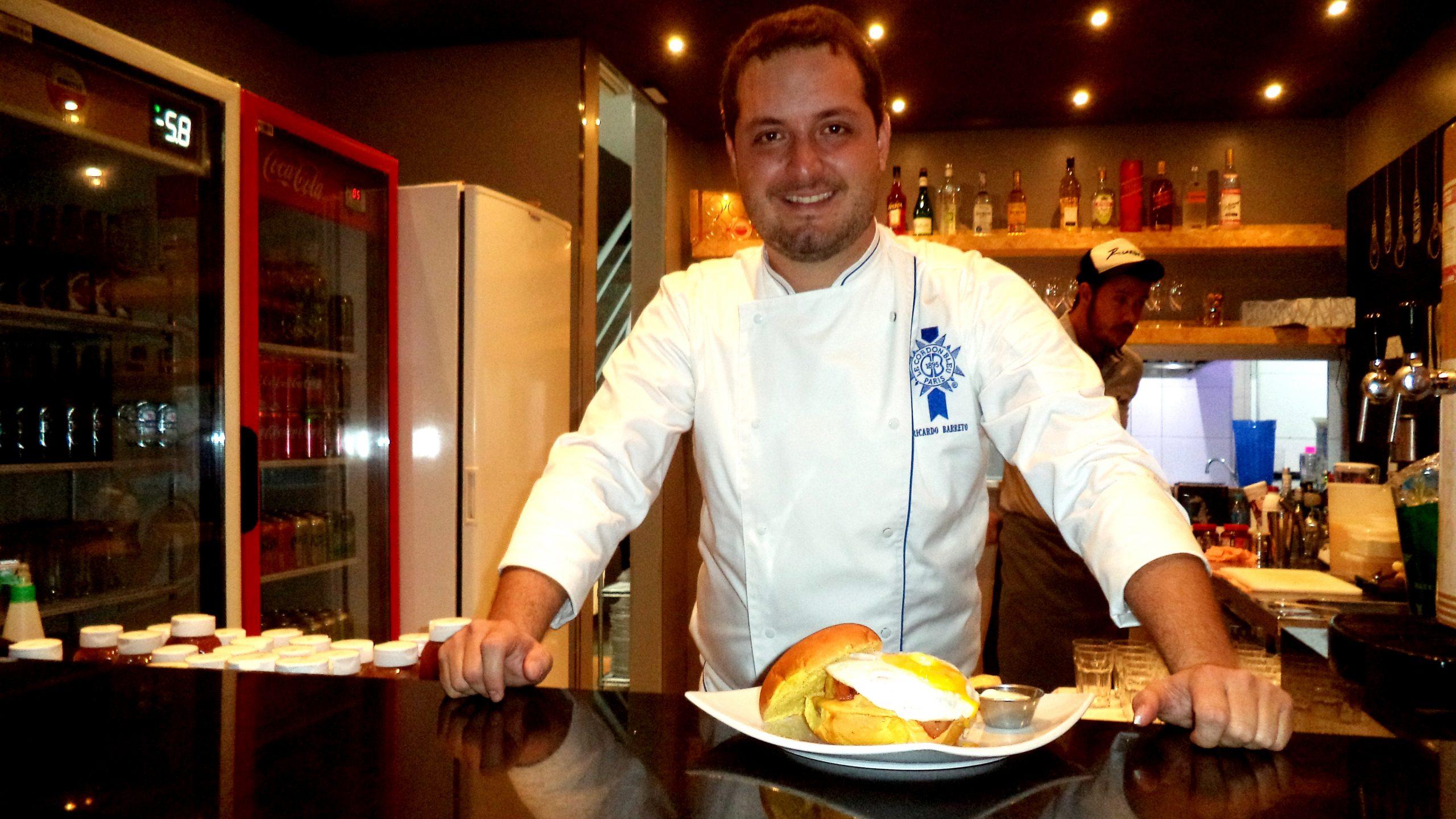 Ricardinho Barreto: Do conhecimento em culinária francesa à hamburgueria