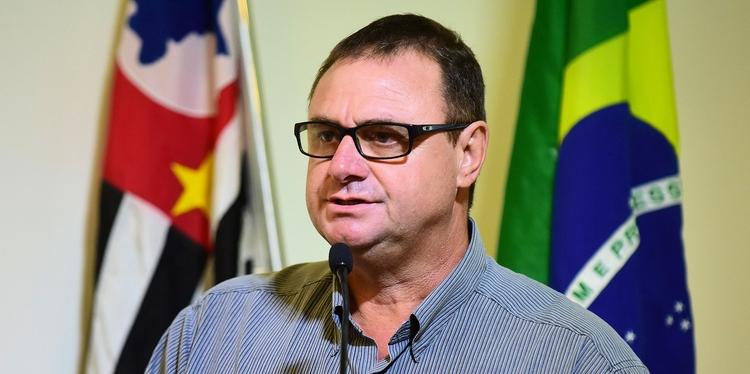 Vereador Nardão Sacomani retira projeto que regulamentava assessores particulares