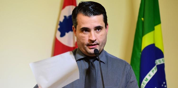 Vereador Dr. Rodolfo faz denúncia sobre processo de homologação de O.S. para o Pronto Socorro